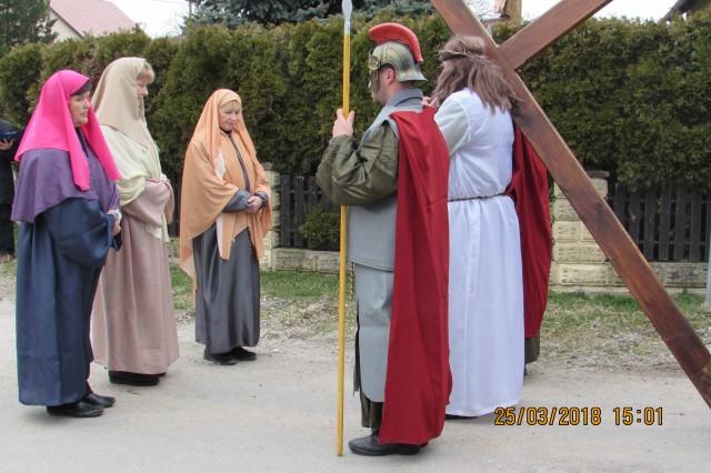 4. živi križev pot - foto
