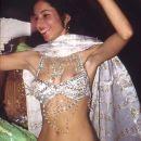 med trebušnim plesom
