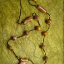 ...Nelya pa v zameno tole ogrlico...