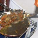 Iz slike je razvidno, da smo imeli zelo dobrega kuharja. Ribo je znal umetelno speči tudi