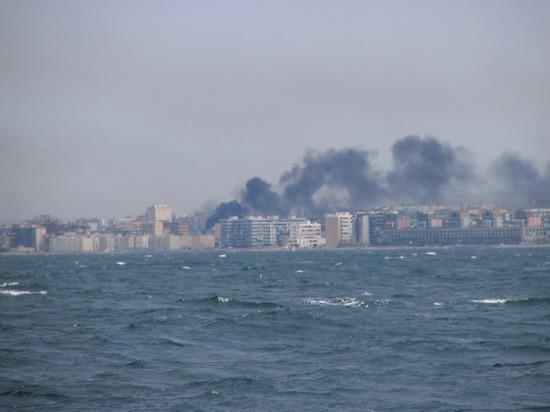 V Bariju vedno nekaj zažigajo ali pa imajo tako industrijo, ki izpušča dim kot da bi nekaj