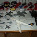 samo letala (precej jih manjka ...)