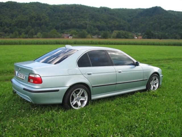 My BMW 528iA - foto