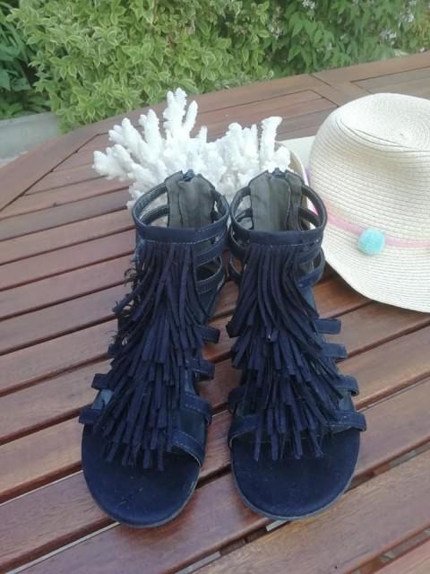 Modni sandali, št. 36 - foto