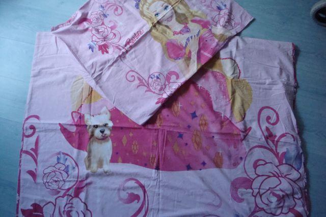 Barbie posteljnina mere 140*200 - 16€ kot nova