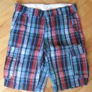 kratke hlače 147 3€