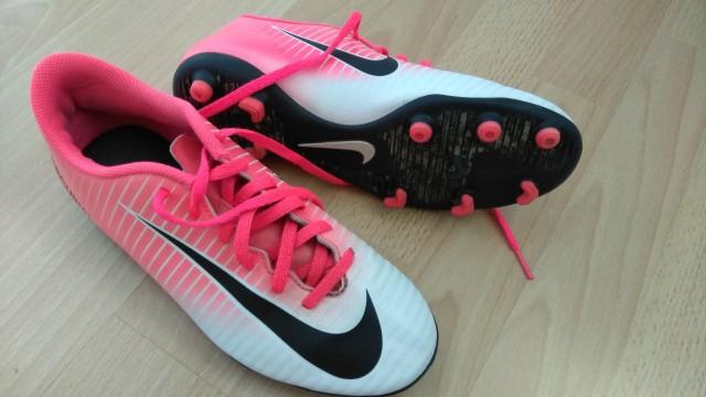 Nike kopačke, velikost 38.5, cena 10€ + ptt