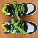 Čevlji - nikoli nošeni, čisto novi