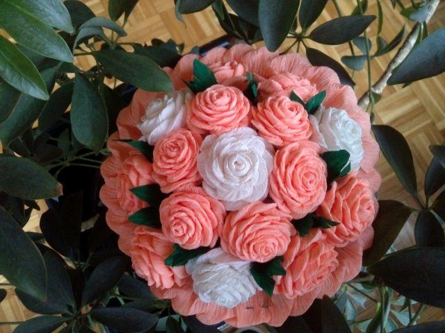 Rože iz krep papirja - foto