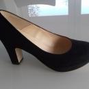 Ženski semiš čevlji št. 38