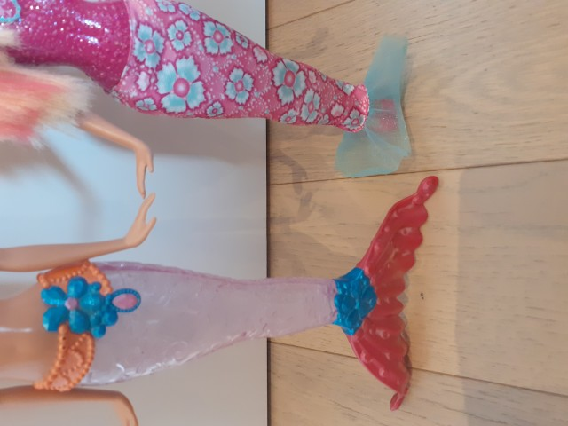 9 € - Barbie morske deklice
