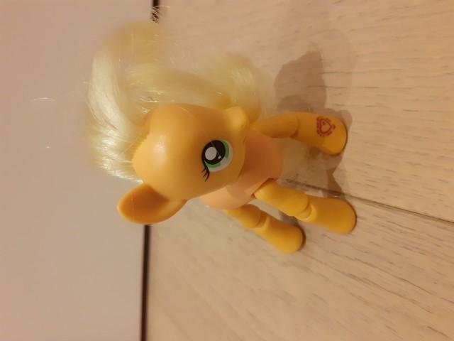 4 € - komplet little pony