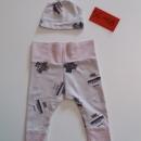 Unikatni komplet (kapica in hlače) Št: 56-68 cena: 12€