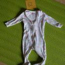 Gap pižama s stopalkami št: 3-6 mesecev Cena: 7€