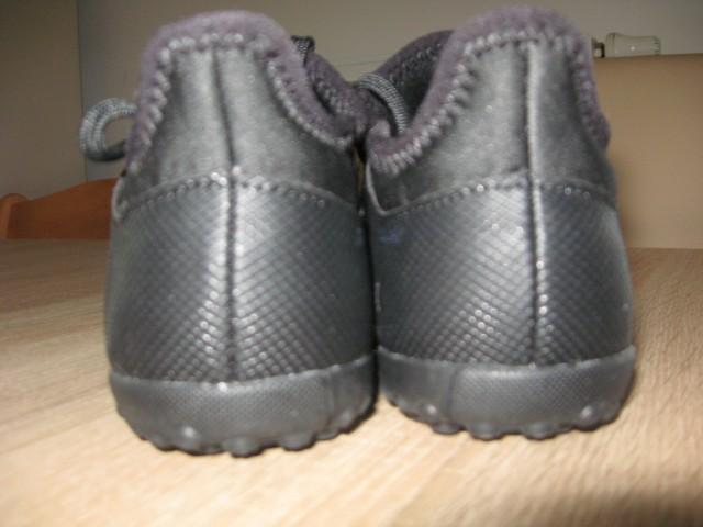 Adidas kopački - foto