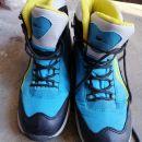 Pohodni čevlji velikost 37