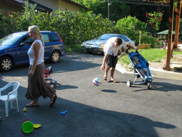 Srečanje pri Sandi - 22.7.06 - foto