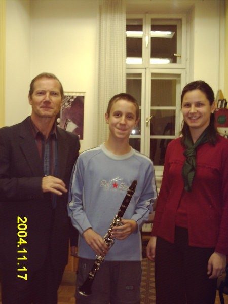 Valter Petrič sin Alex in korepetitorka.