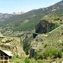 Cevi za vodo v obliki mosta