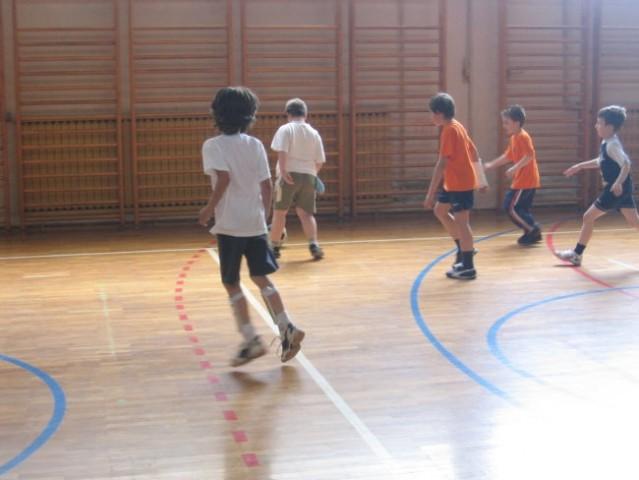 Rad igram nogomet - foto