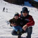 prvič na snegu z očkom