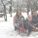 Letošnji prvi sneg pri nas doma