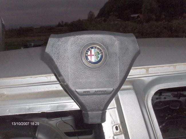 Alfa-romeo 145 - foto povečava