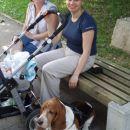 babi z nami na sprehodu in pa seveda naš psiček ELVIS