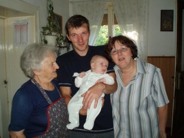 štiri generacije