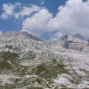 nekje (na poti od Turske gore do Cojzove koče) pod Štruco