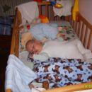 ko moram it spat in nočem se premetavam po posteljici potem pa zaspim ves utrujen kakor je