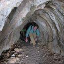...pa kr po eni jami smo se plazli... Jordi s sklonjeno glavo