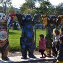Medvedki kot simbo miru, Pariz 2012