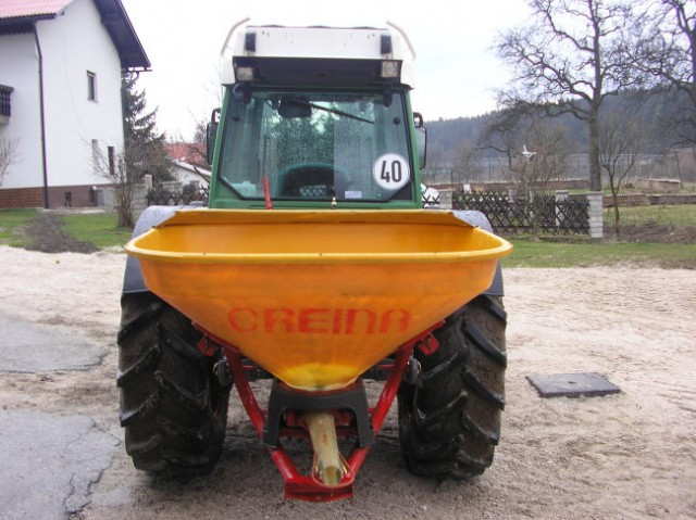 Traktorji in ostala kmetijska mehanizacija - foto