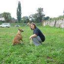 Kolegica Ana in najprijaznejša bulterijerka Lola.