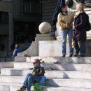 beograjska dekleta na glavnem trgu