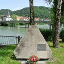 Spomenik braniteljem slovenske samostojnosti