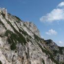 Desno Krnička gora in naša diagonlna prečka.