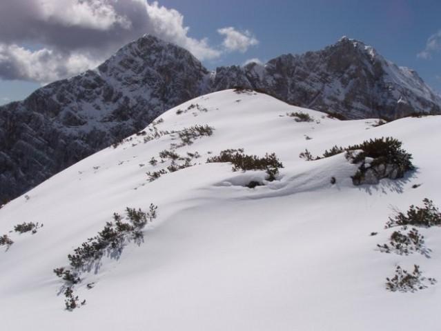 15 Levo Vel. Draški vrh, desno Tošč.