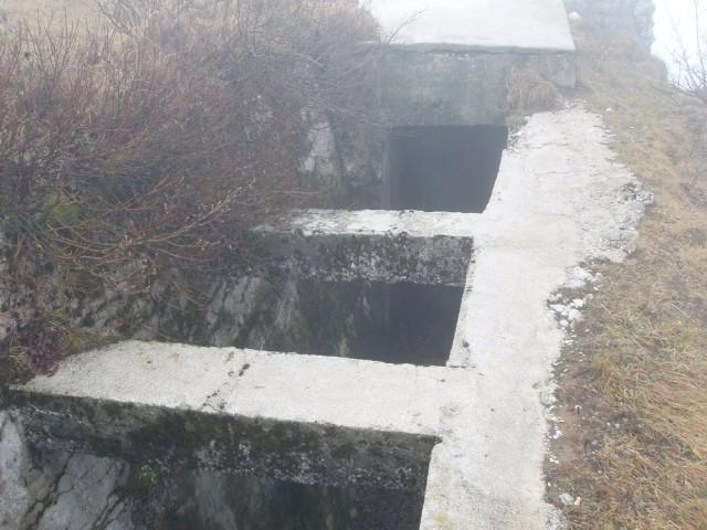 12 Rov v bunker
