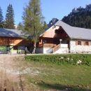 Prenovljeni dom na Zelenici.
