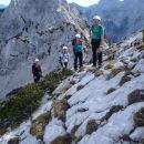 Od tu do vrha pa ni jeklenic-30 dolžinski metrov.
