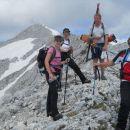 Pot na Kanjavec (zadaj se že vidi vzhodni vrh)