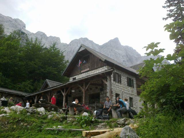 Dom na Okrešlju (1396 m)