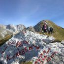 Na razpotju se prvo usmerimo proti Kalški gori