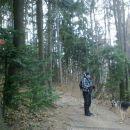 Začetek poti na Mrzlico pri izhodišču v Podmeji