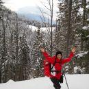 Uživanje v snegu (zadaj Peca)