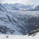 Razgled iz poti na okoliške vrhove