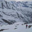 Pogled na prehojeno pot in razgledi na okoliške vrhove