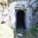 Vhod v bunker.